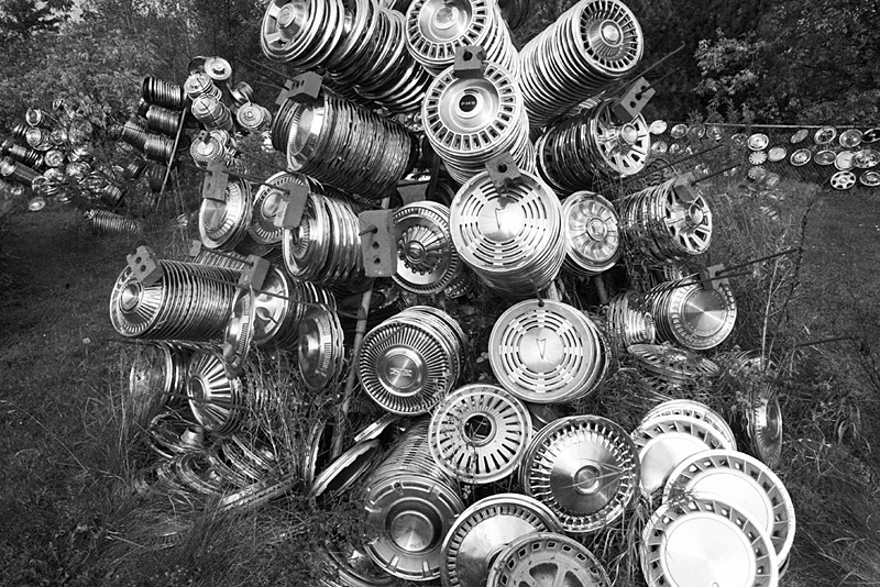 Hubcap Heaven Salty Dog Gallery